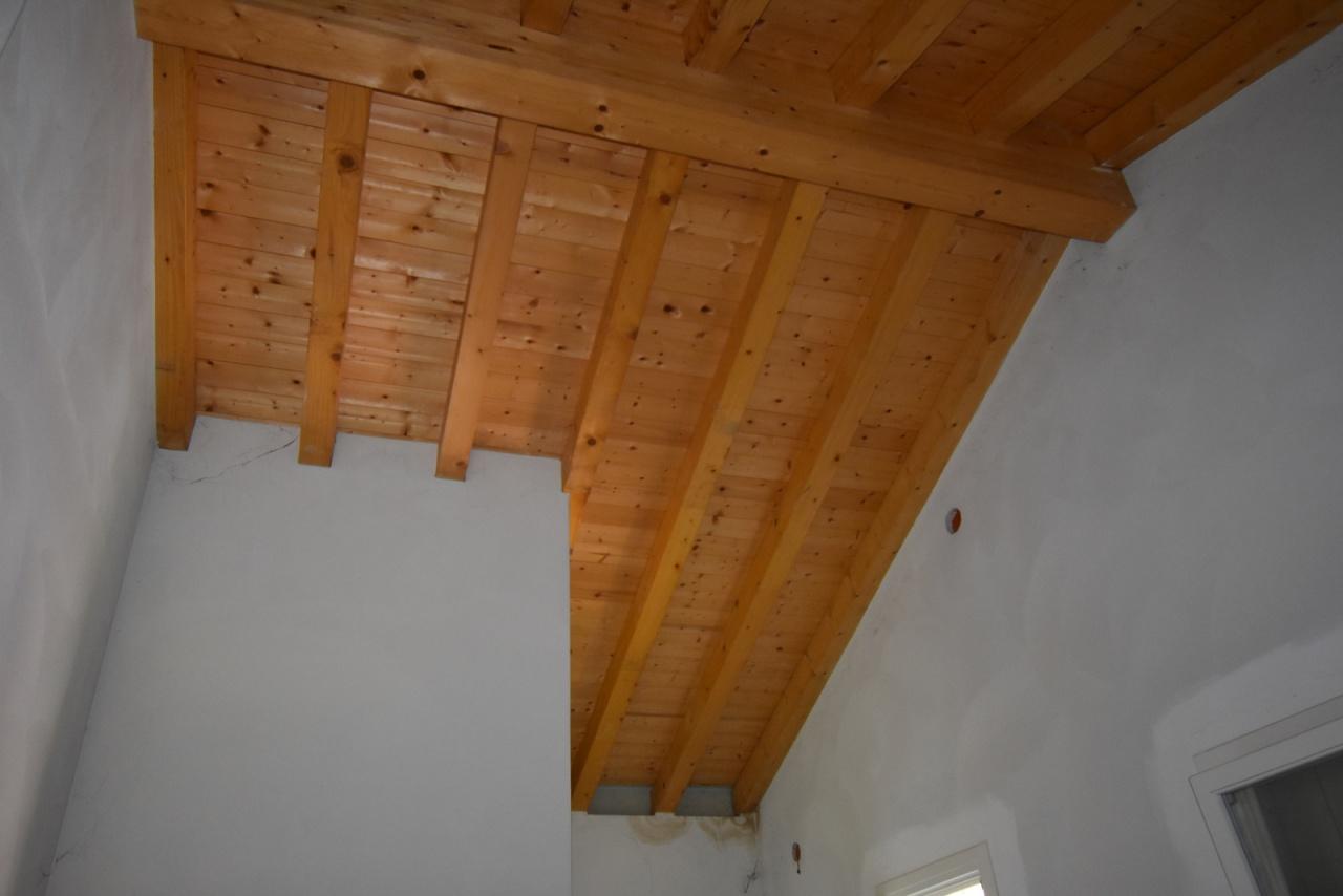 Appartamento in vendita a Susegana, 4 locali, prezzo € 250.000 | PortaleAgenzieImmobiliari.it
