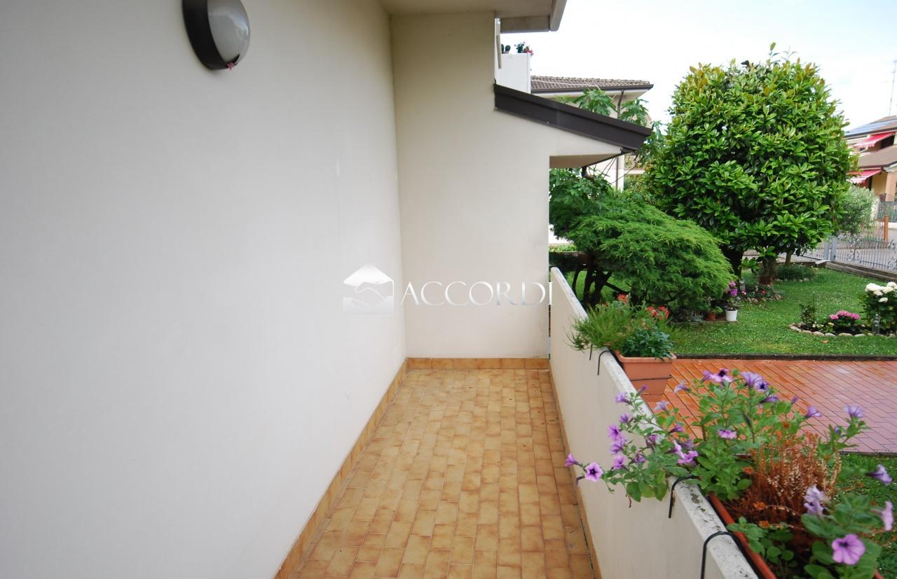 Appartamento in vendita a San Vendemiano, 4 locali, prezzo € 130.000 | PortaleAgenzieImmobiliari.it