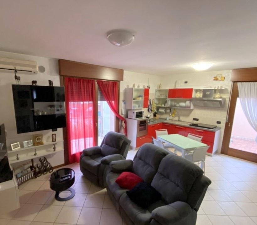 Appartamento in vendita a Vazzola, 3 locali, prezzo € 140.000   CambioCasa.it