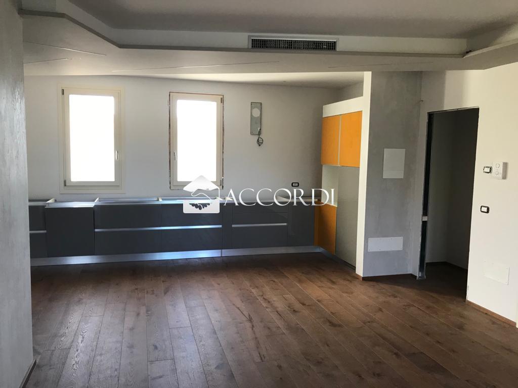 Appartamento in vendita a Susegana, 3 locali, prezzo € 200.000 | PortaleAgenzieImmobiliari.it
