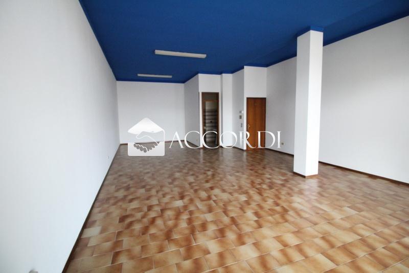 Negozio / Locale in vendita a Susegana, 1 locali, prezzo € 85.000 | CambioCasa.it