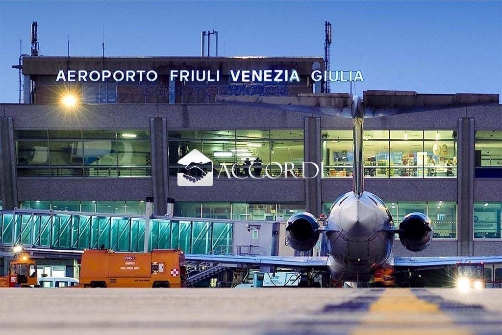 Immobile Commerciale in vendita a Ronchi dei Legionari, 9999 locali, Trattative riservate | CambioCasa.it