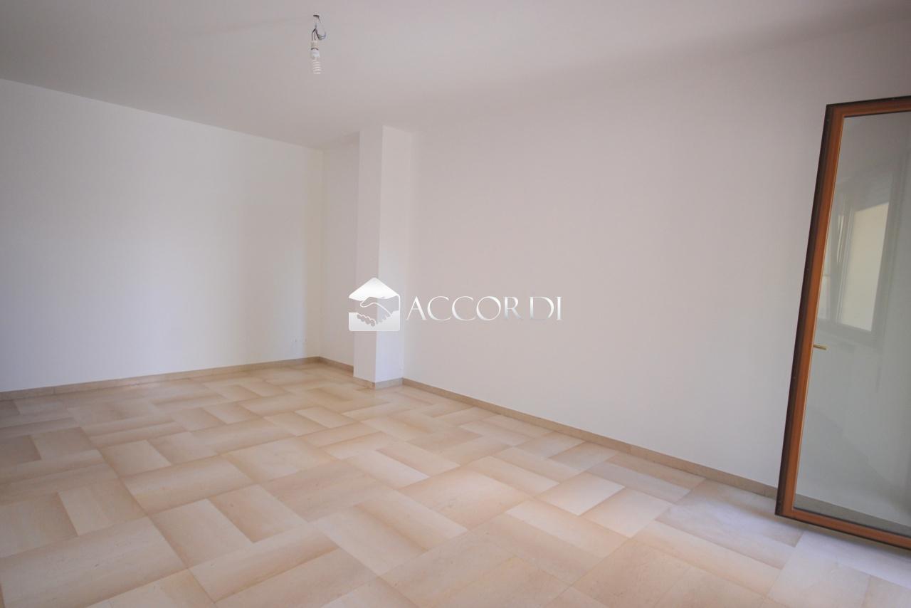 Appartamento in vendita a Mirano, 5 locali, prezzo € 175.000 | CambioCasa.it