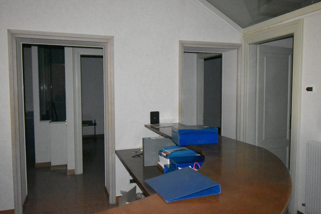 Appartamento in vendita a Conegliano, 6 locali, prezzo € 550.000   CambioCasa.it