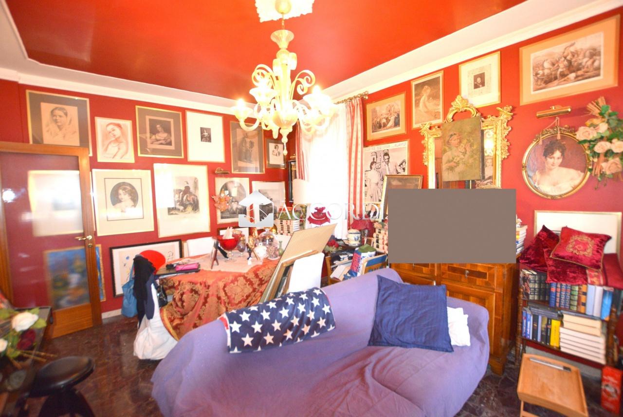Appartamento in vendita a Conegliano, 3 locali, prezzo € 110.000 | CambioCasa.it