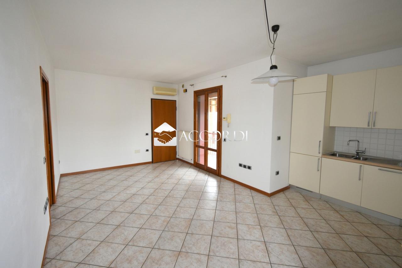 Appartamento in vendita a Santa Lucia di Piave, 3 locali, Trattative riservate | PortaleAgenzieImmobiliari.it