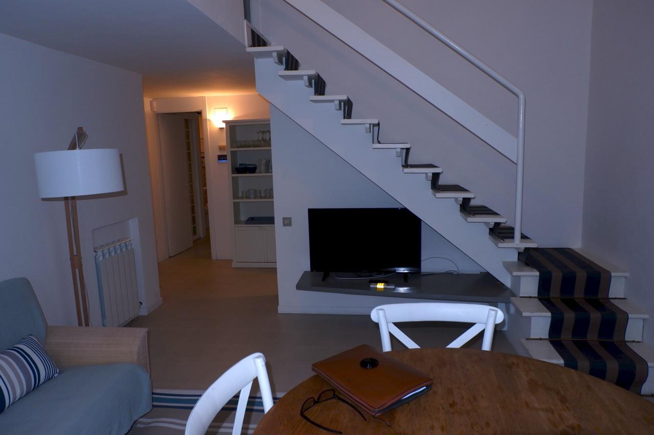 Appartamento in ottime condizioni arredato in vendita Rif. 10090127