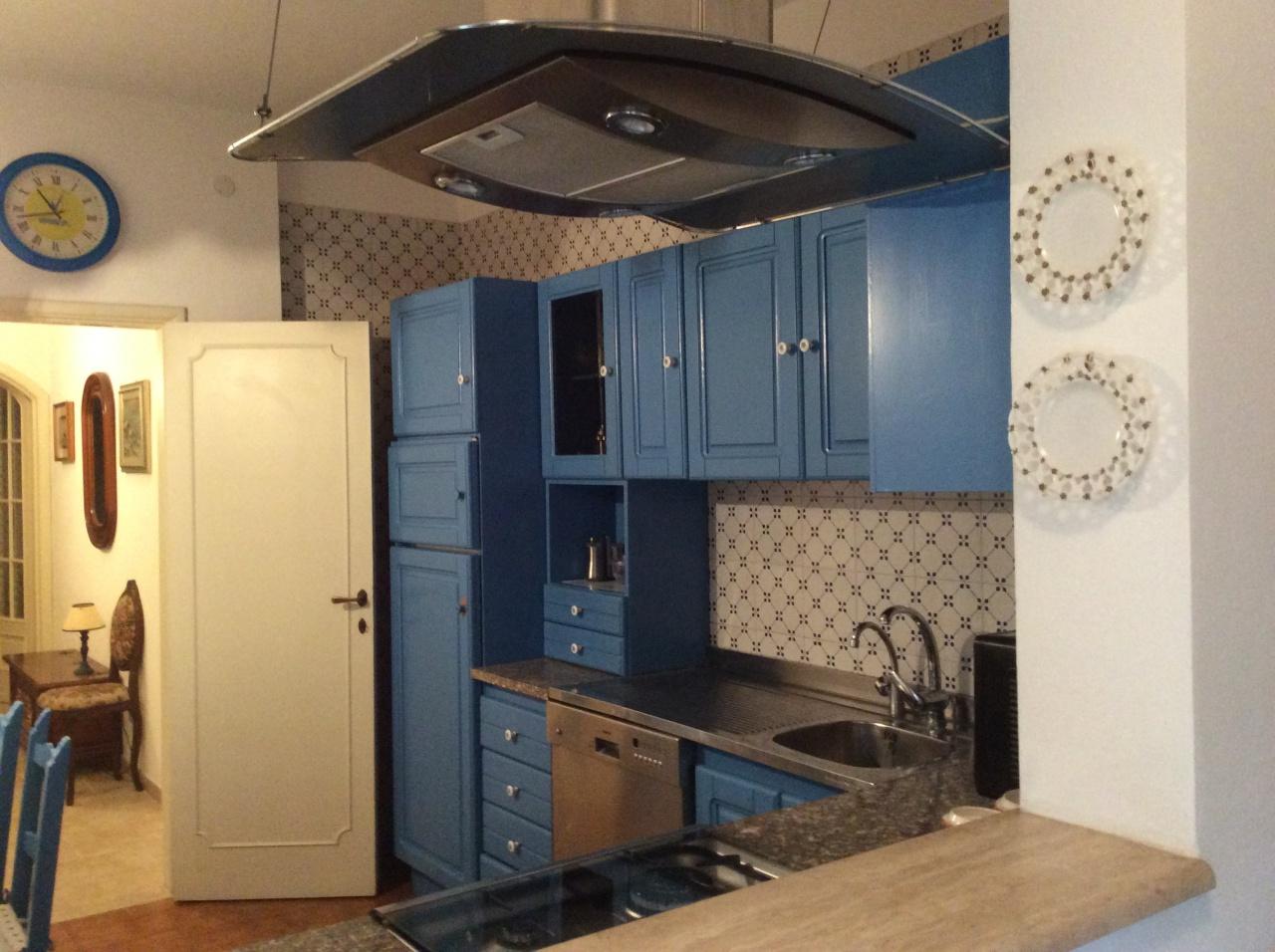 Appartamento in ottime condizioni arredato in vendita Rif. 10229907