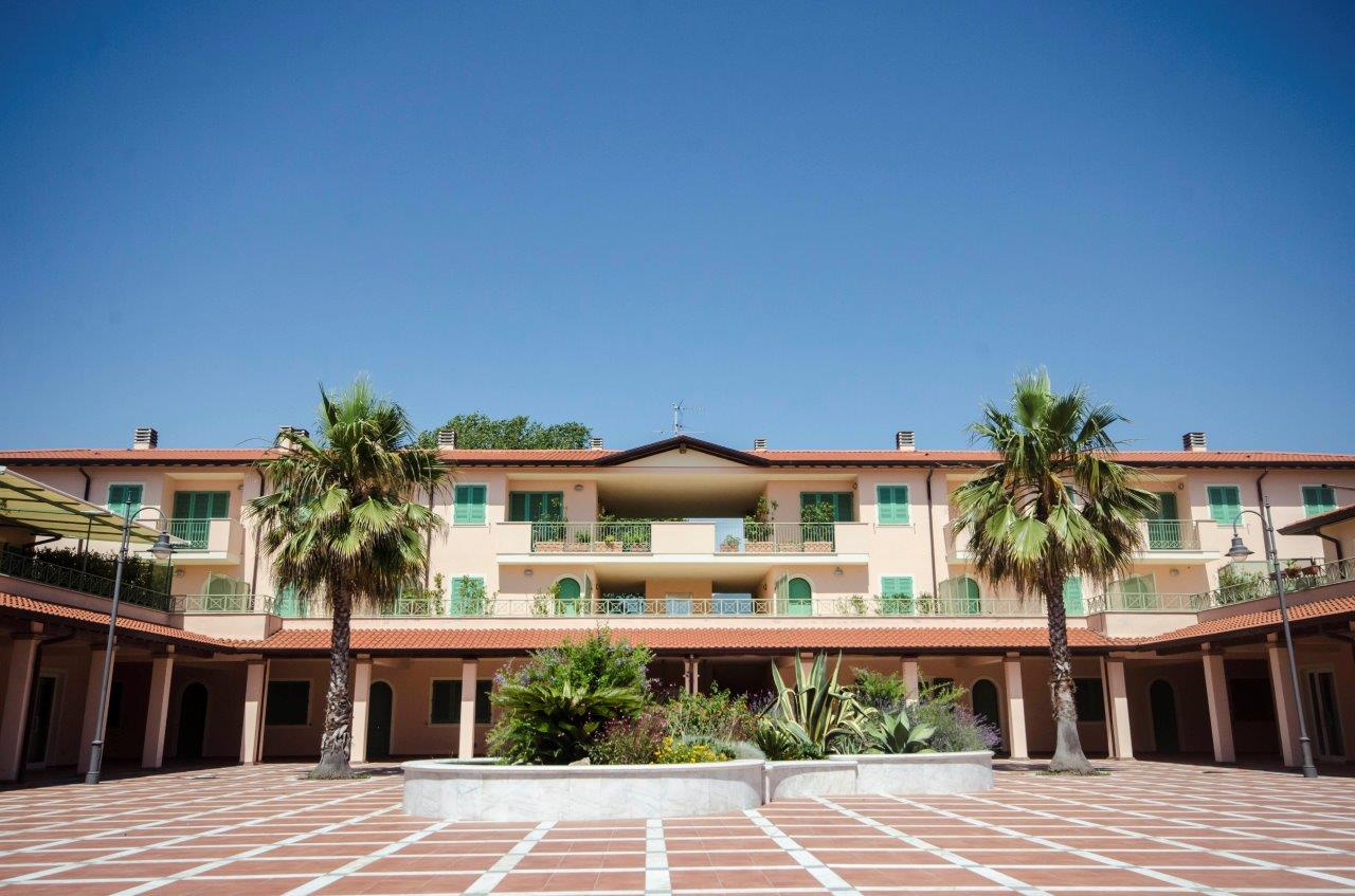 Appartamento in vendita a Pietrasanta, 4 locali, prezzo € 290.000 | PortaleAgenzieImmobiliari.it