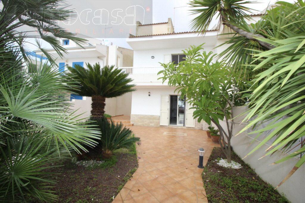 Villa in buone condizioni in vendita Rif. 10747777