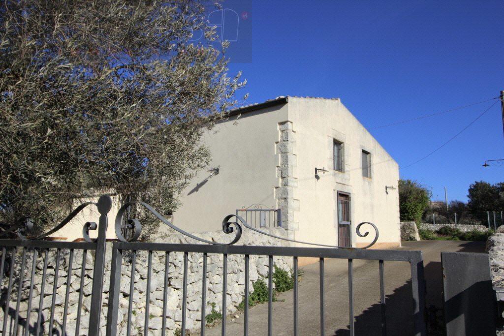 Villa ristrutturato in vendita Rif. 10747807