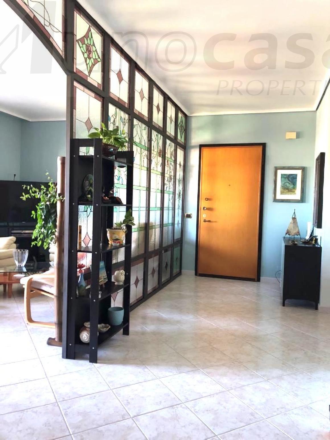 Appartamento, 120 Mq, Vendita - Ragusa (Ragusa)