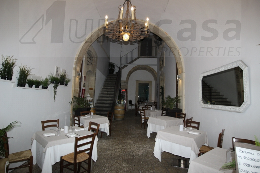 Appartamento, 420 Mq, Vendita - Ragusa (Ragusa)