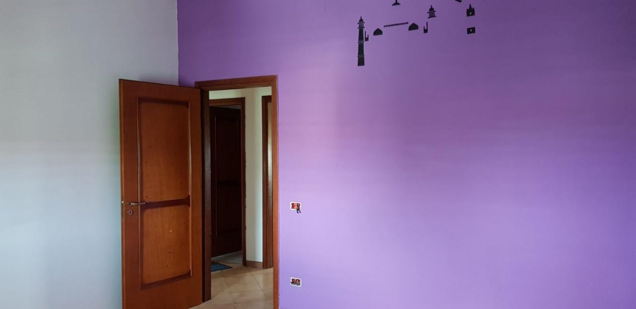 Appartamento in buone condizioni in affitto Rif. 10236965