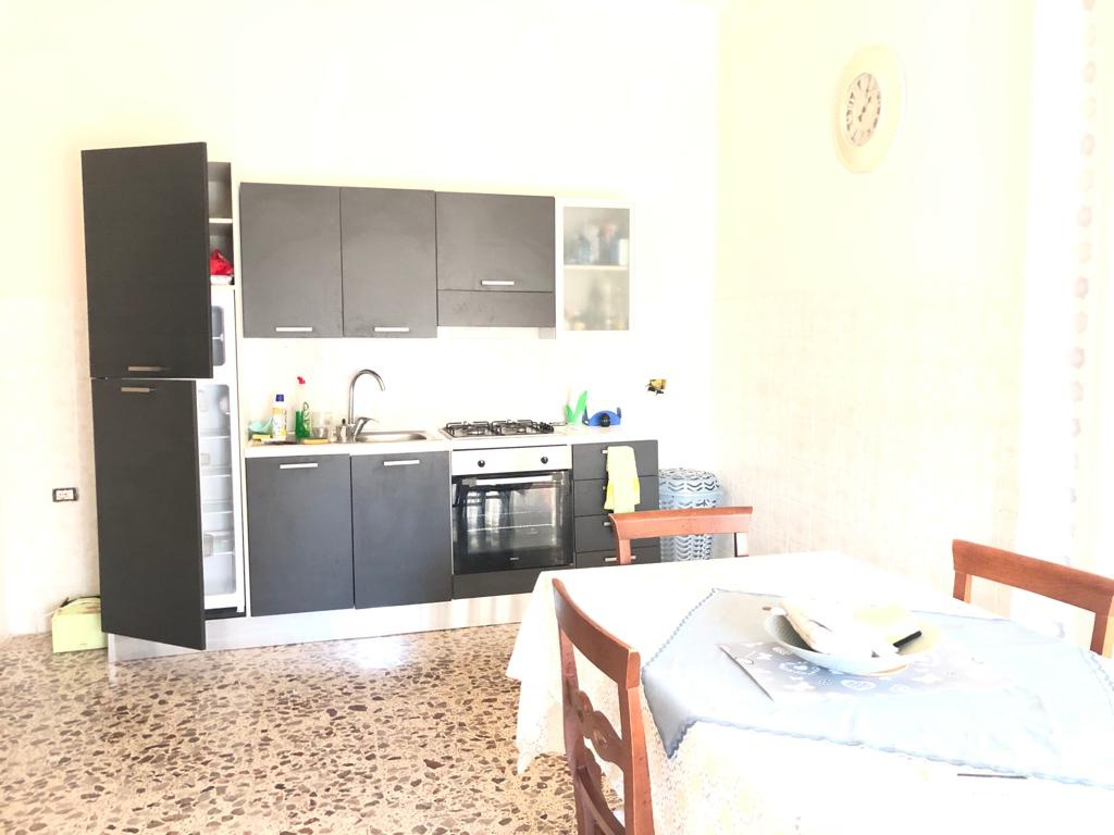 Appartamento in buone condizioni in affitto Rif. 11369933
