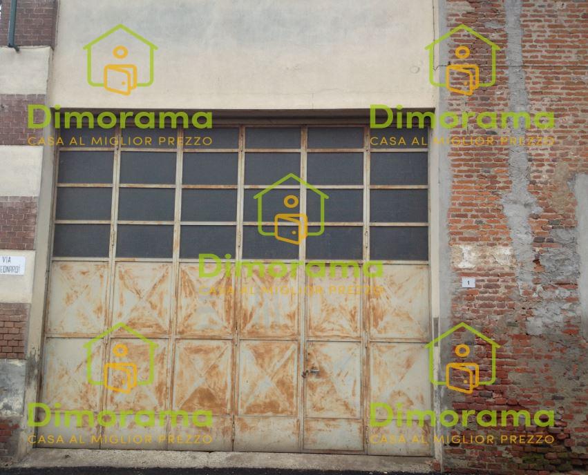 Soluzione Indipendente in vendita a Casalino, 15 locali, prezzo € 20.625 | PortaleAgenzieImmobiliari.it