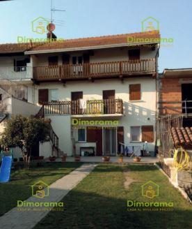 Appartamento in vendita a Agrate Conturbia, 5 locali, prezzo € 94.500 | PortaleAgenzieImmobiliari.it