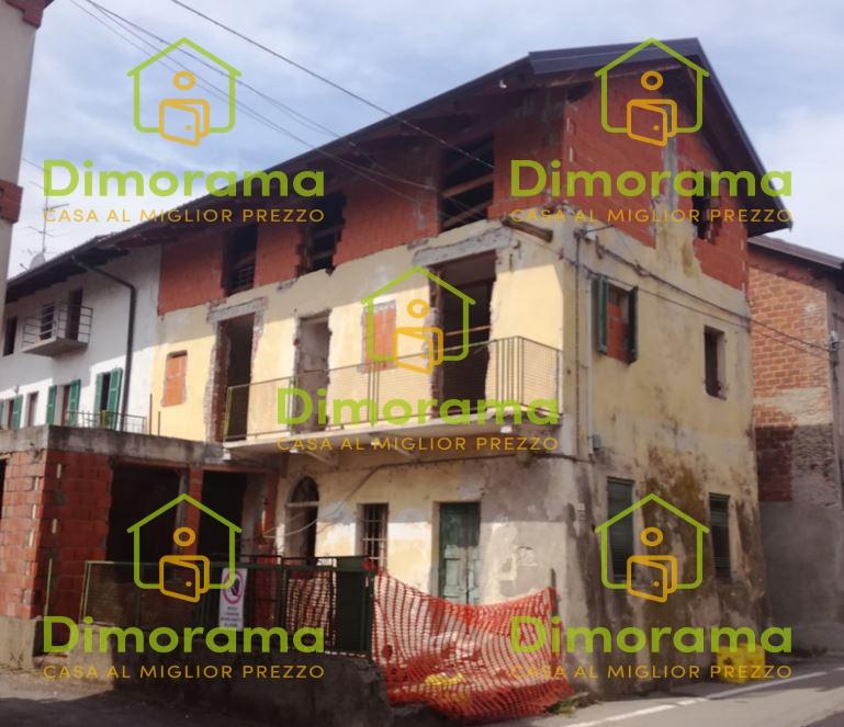 Appartamento in vendita a Recetto, 6 locali, prezzo € 12.750 | PortaleAgenzieImmobiliari.it