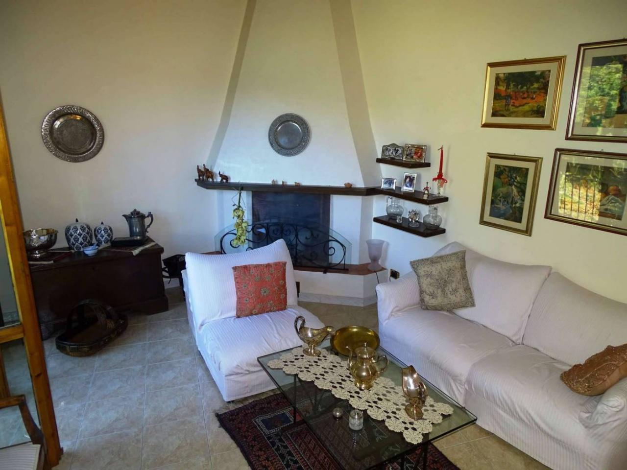 Appartamento in ottime condizioni in vendita Rif. 10747884