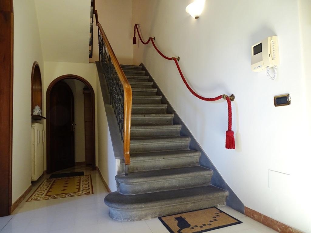 Casa Indipendente in ottime condizioni in vendita Rif. 11131074
