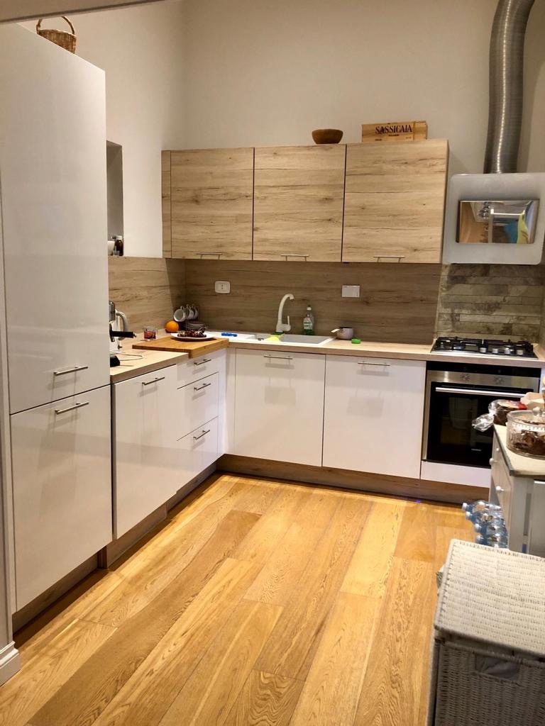 Appartamento in ottime condizioni arredato in vendita Rif. 11914822