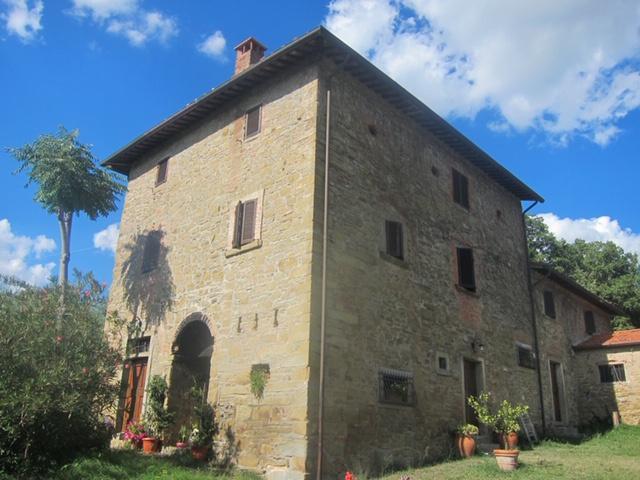 Rustico / Casale in buone condizioni in vendita Rif. 10949435