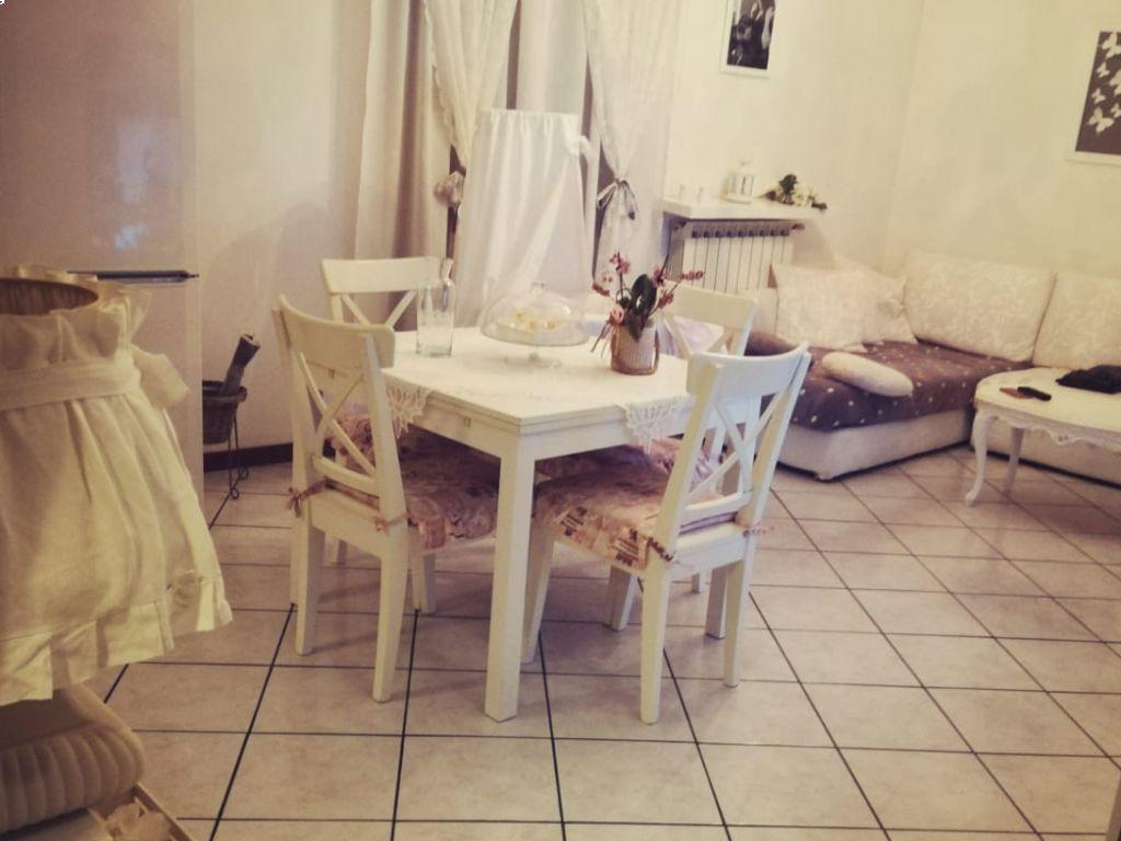 Appartamento in vendita a Casalpusterlengo, 3 locali, prezzo € 68.000   CambioCasa.it