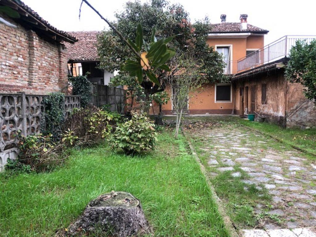 Terratetto 5 locali in vendita a Montodine (CR)