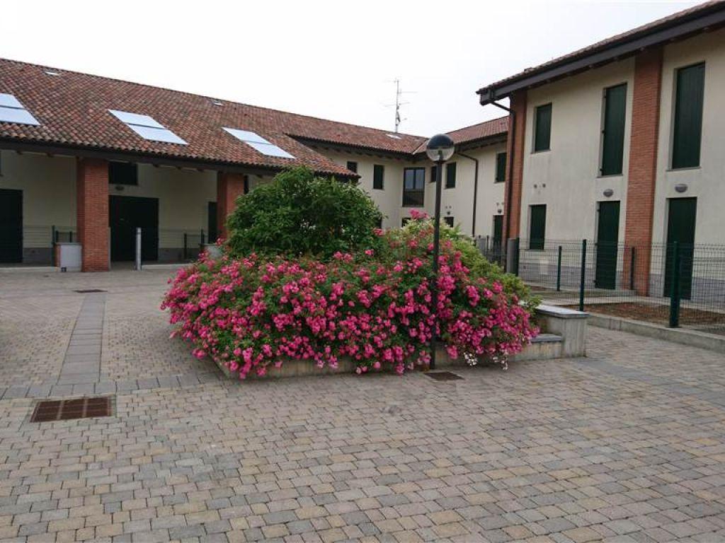 Villa a schiera trilocale in vendita a Villanova del Sillaro (LO)