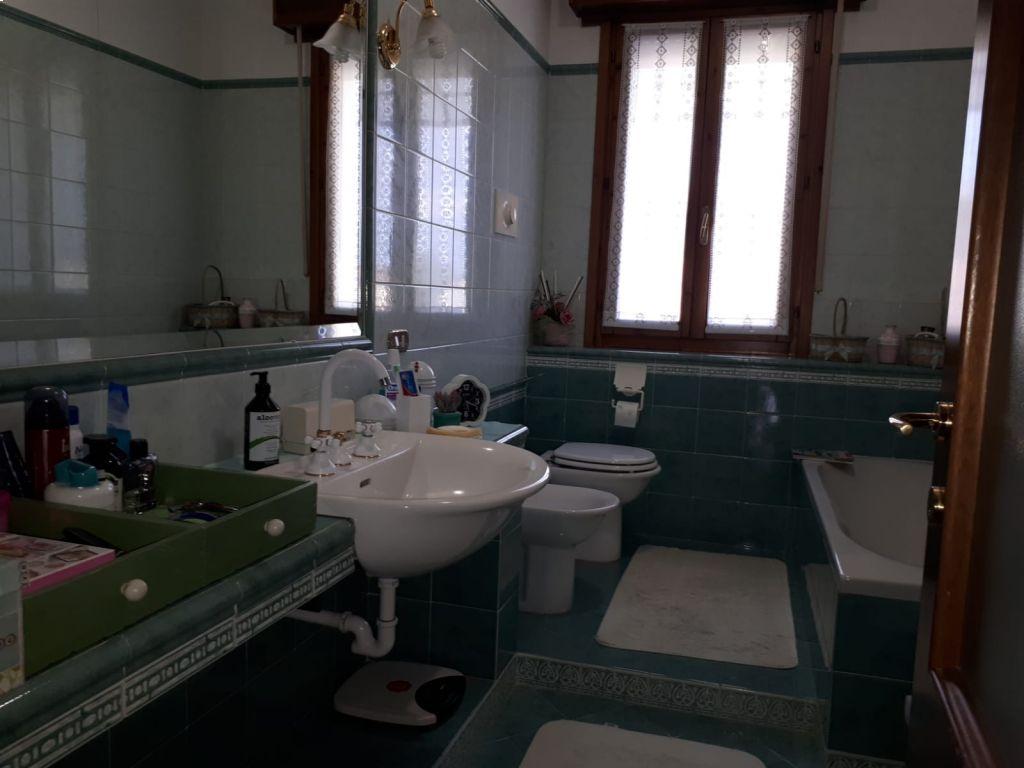 Casa indipendente 5 locali in vendita a Caselle Landi (LO)-4