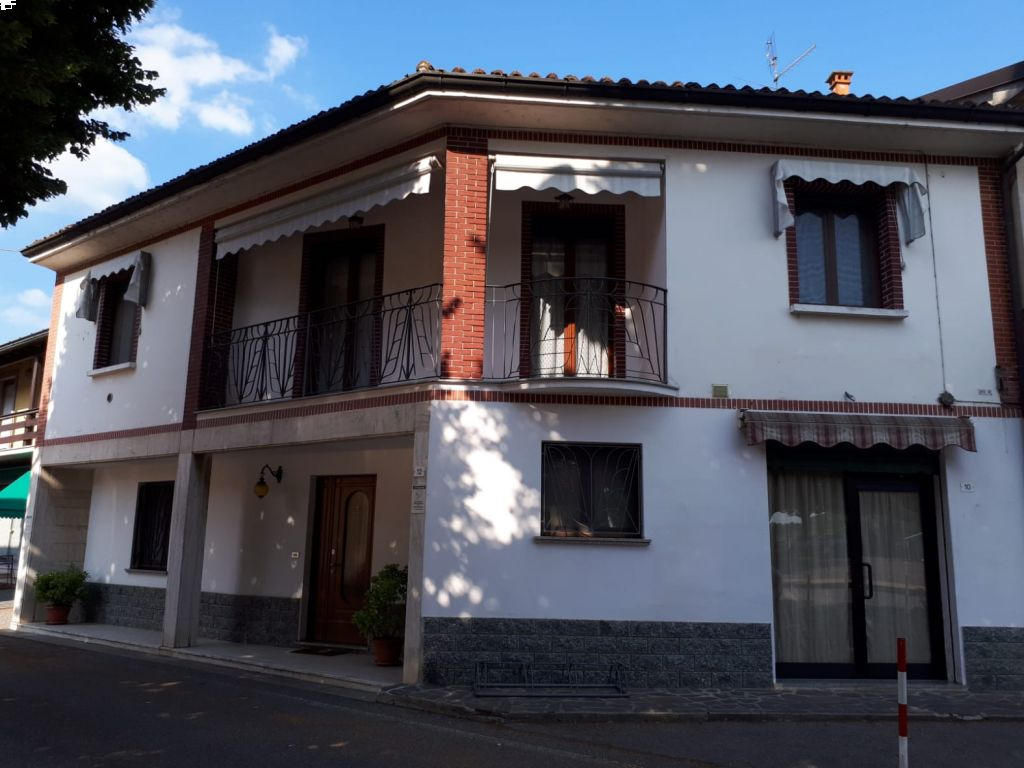 Casa indipendente 5 locali in vendita a Caselle Landi (LO)