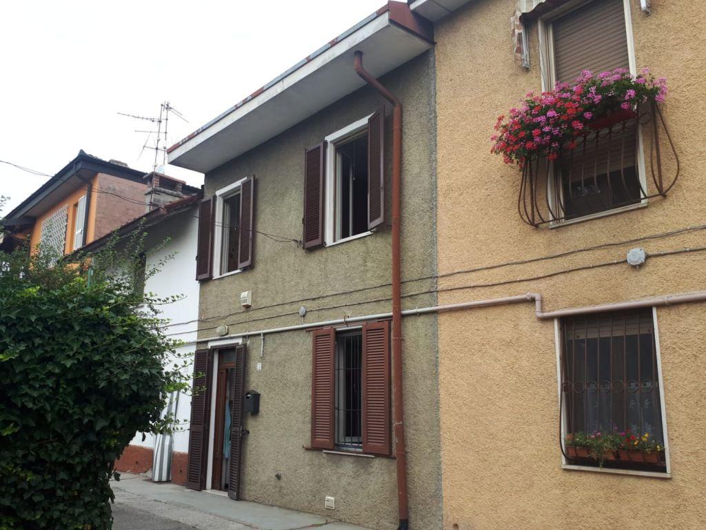 Casa semi indipendente trilocale in vendita a Casalpusterlengo (LO)