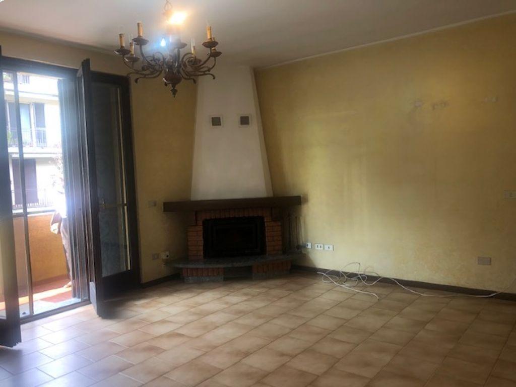 Appartamento quadrilocale in vendita a Fombio (LO)