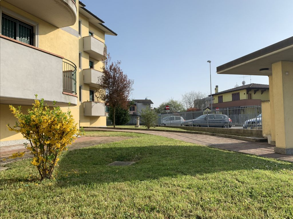 Appartamento trilocale in vendita a Somaglia (LO)