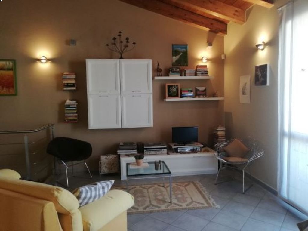 Villa in vendita a Castiglione d'Adda, 3 locali, prezzo € 180.000   CambioCasa.it