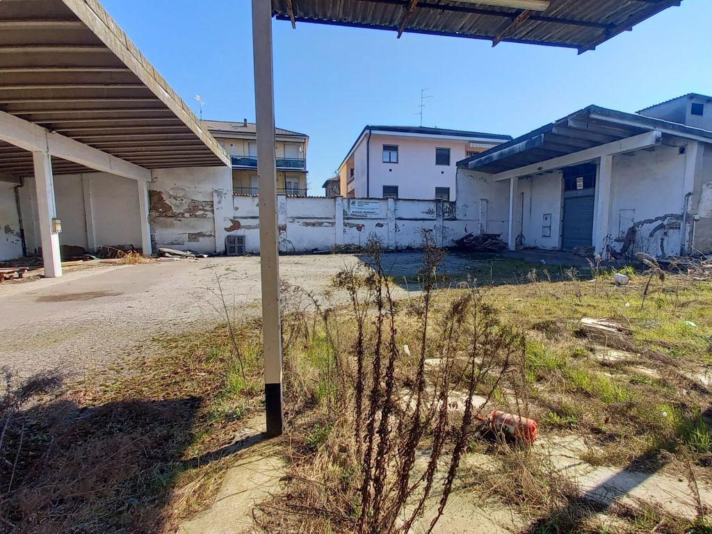 Casa indipendente quadrilocale in vendita a Sant'Angelo Lodigiano (LO)-10
