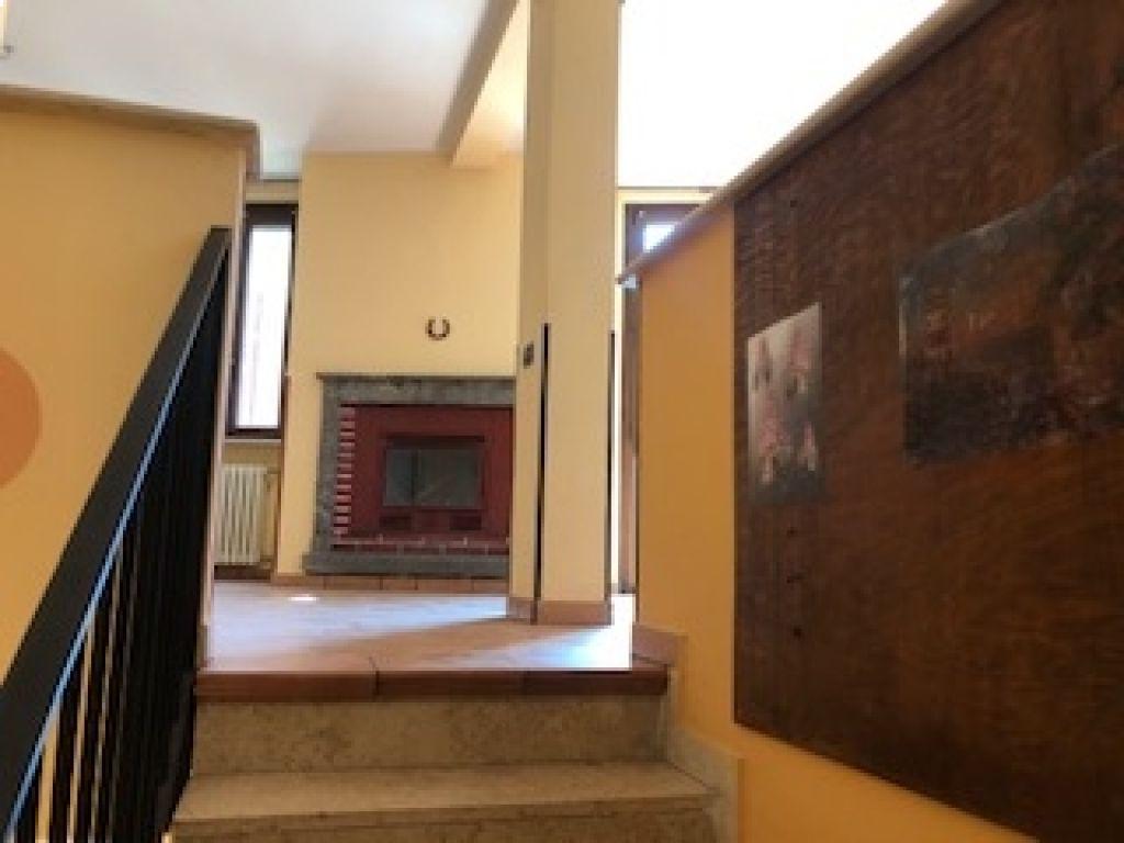 Appartamento trilocale in vendita a Maleo (LO)-2