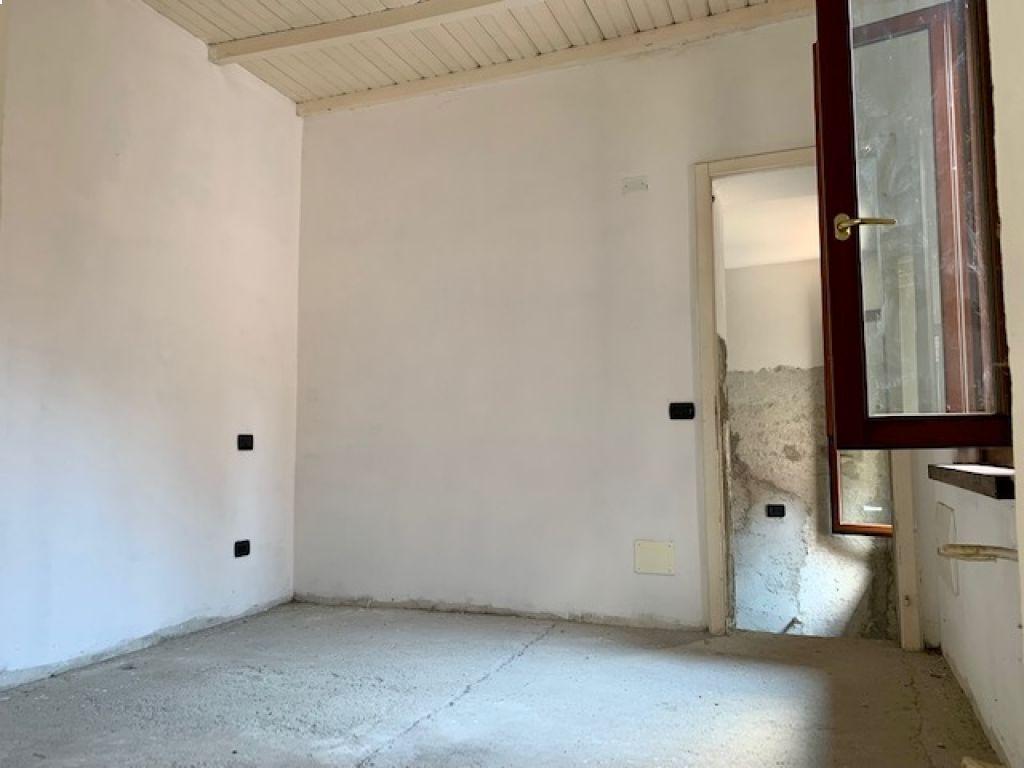Casa semi indipendente 5 locali in vendita a Borghetto Lodigiano (LO)-9