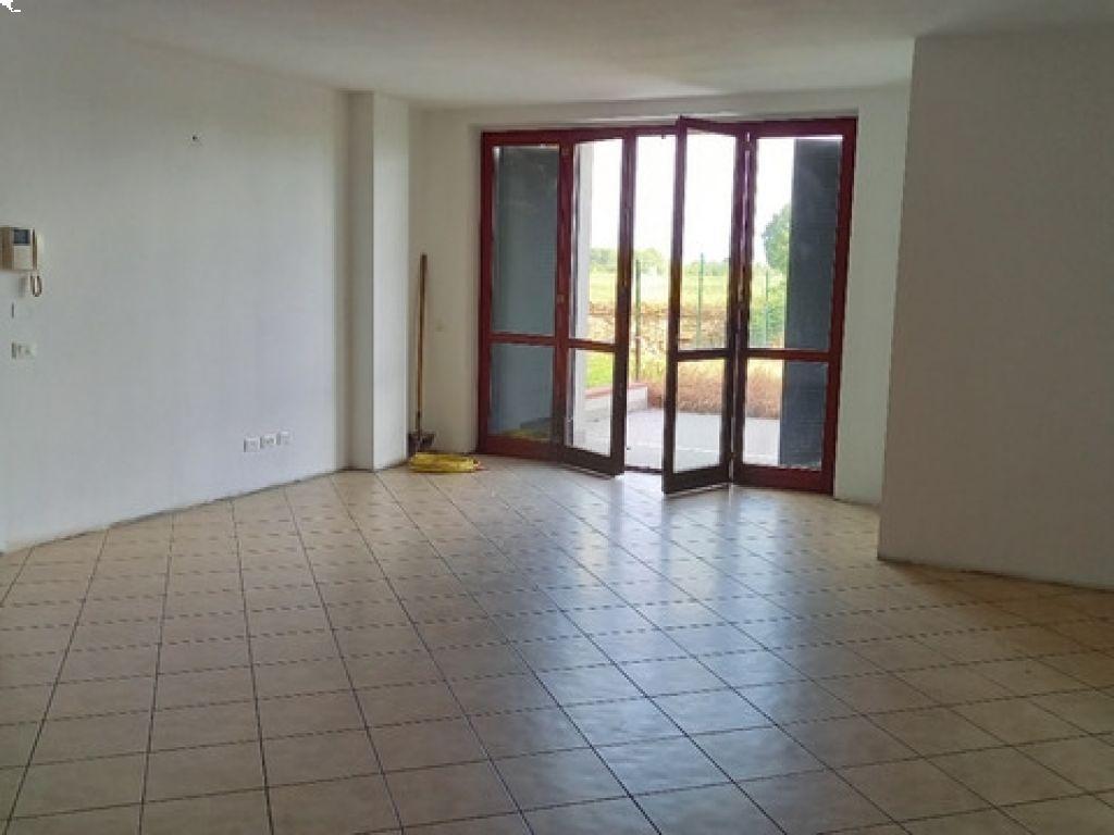 Appartamento trilocale in vendita a Orio Litta (LO)-4