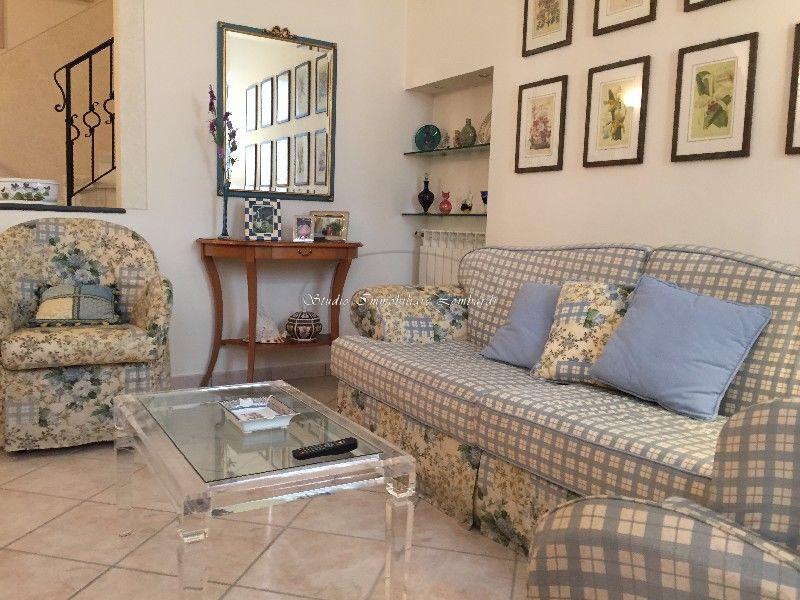 Villetta a schiera in ottime condizioni in vendita Rif. 12176886