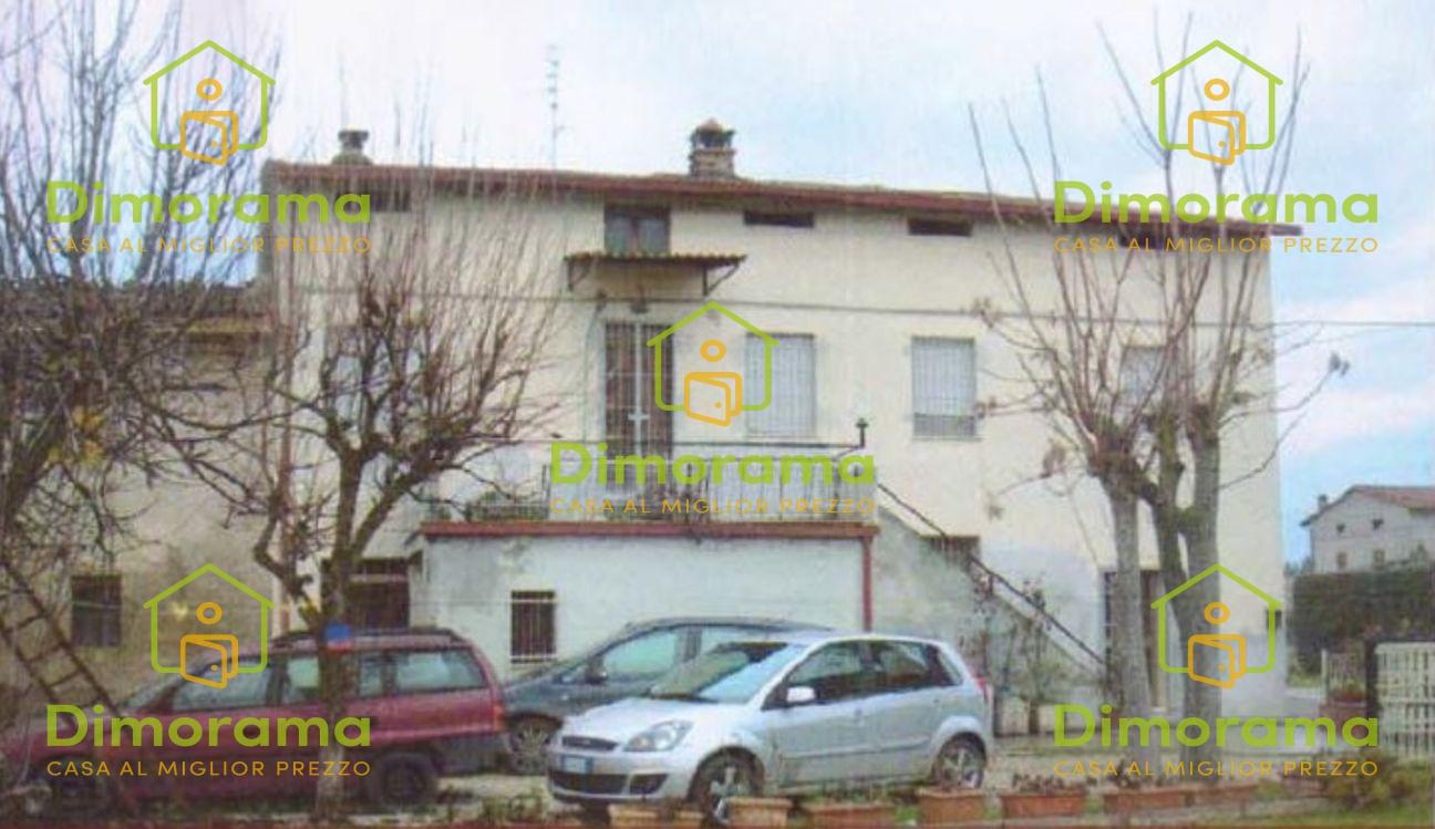 Appartamento 5 locali in vendita a Marsciano (PG)