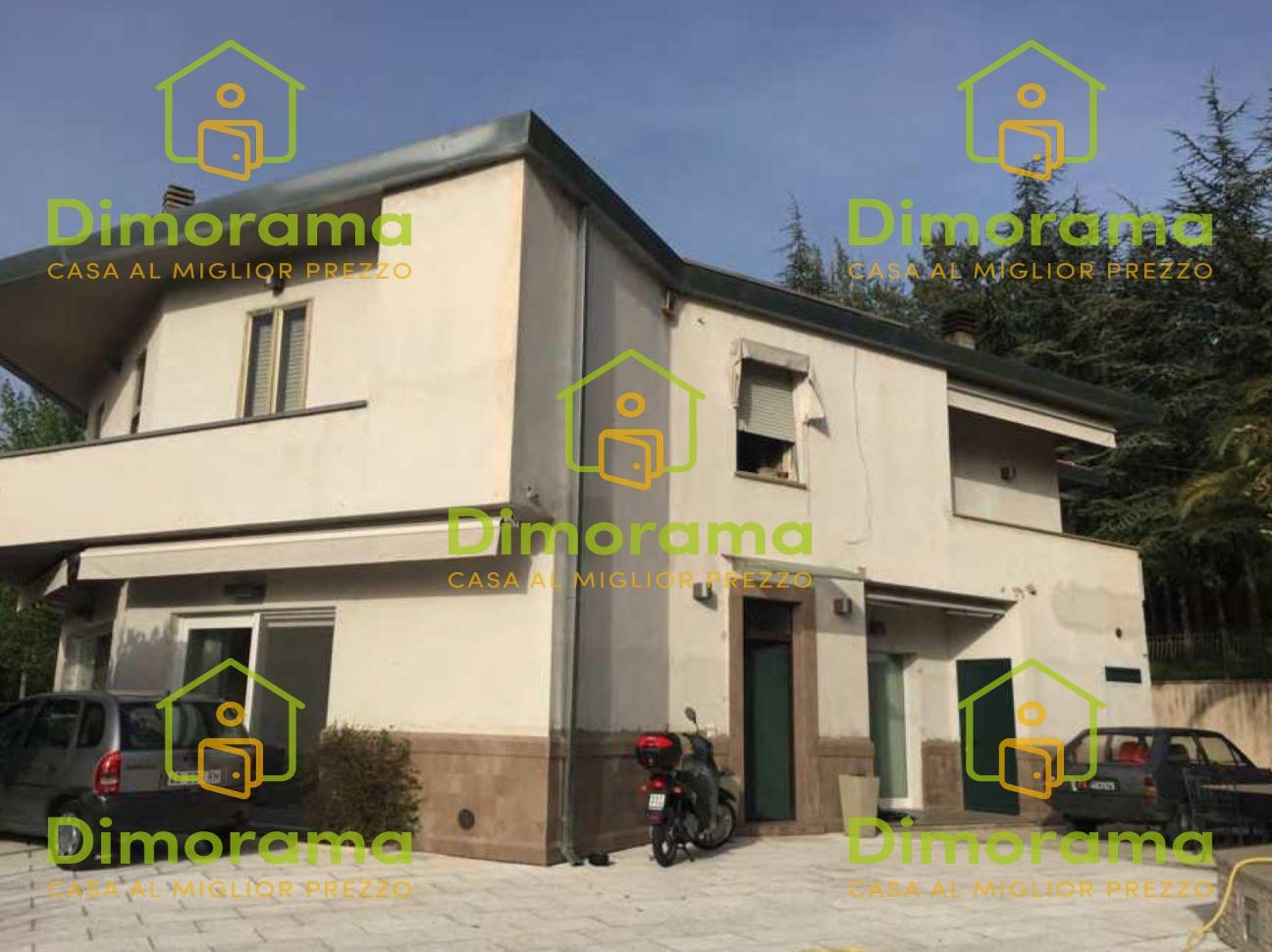 Villa in vendita a Foligno (PG)