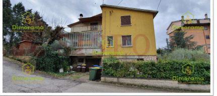 Appartamento trilocale in vendita a Marsciano (PG)