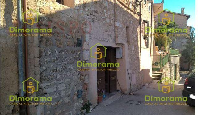 Appartamento quadrilocale in vendita a Trevi (PG)