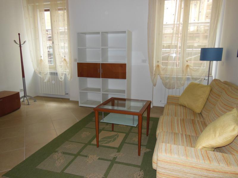 Appartamento in ottime condizioni in affitto Rif. 11552746