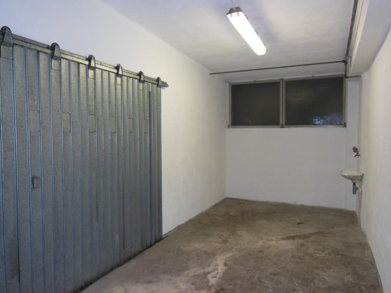 Box e posti auto in buone condizioni in vendita Rif. 11651101