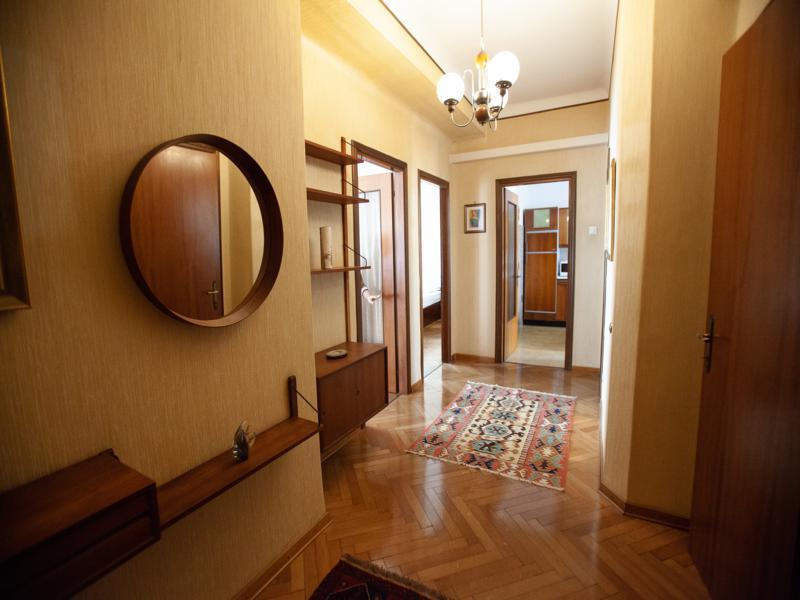Appartamento in buone condizioni in affitto Rif. 11651128