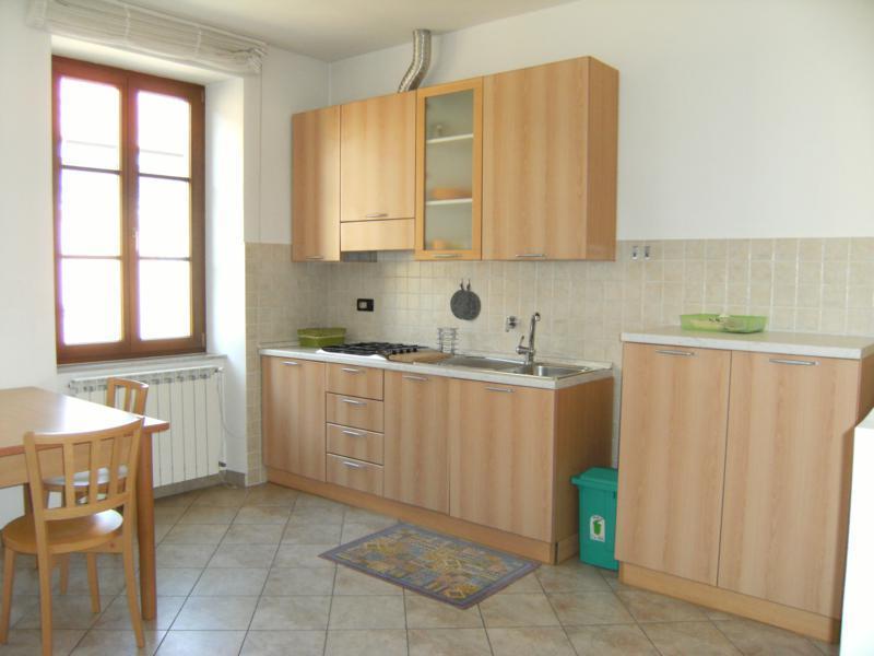 Appartamento in ottime condizioni in affitto Rif. 11651134