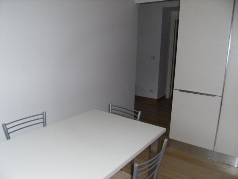 Appartamento in ottime condizioni in affitto Rif. 11651168