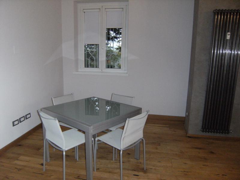 Appartamento in buone condizioni in affitto Rif. 11651173